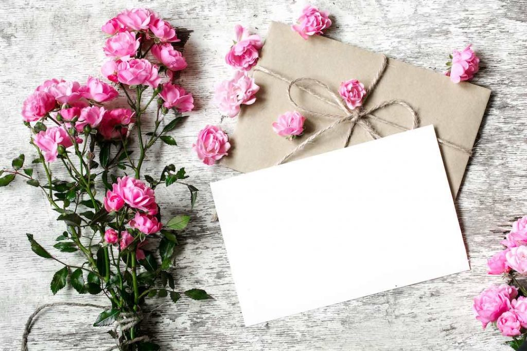 Sending funeral thank you cards
